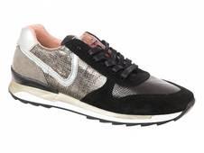 PostXChange Sneaker